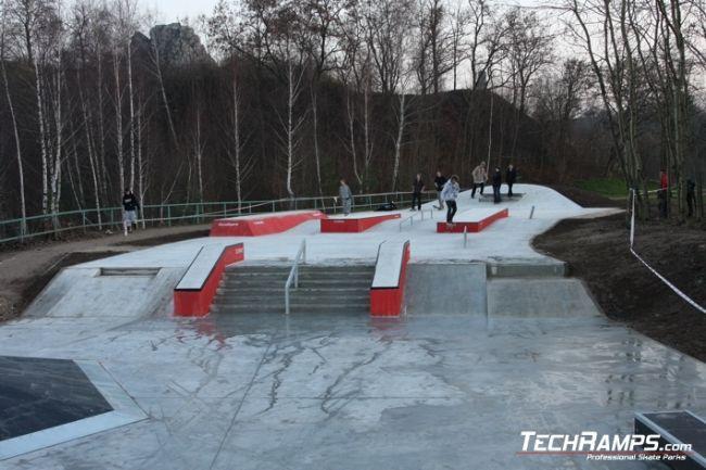 Betonowy Skatepark W Kielcach